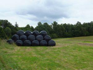 black bale net wrap
